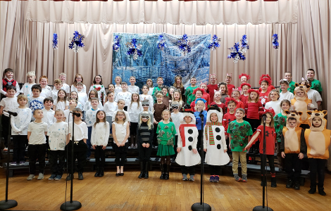 2nd graders in costume for winter musical